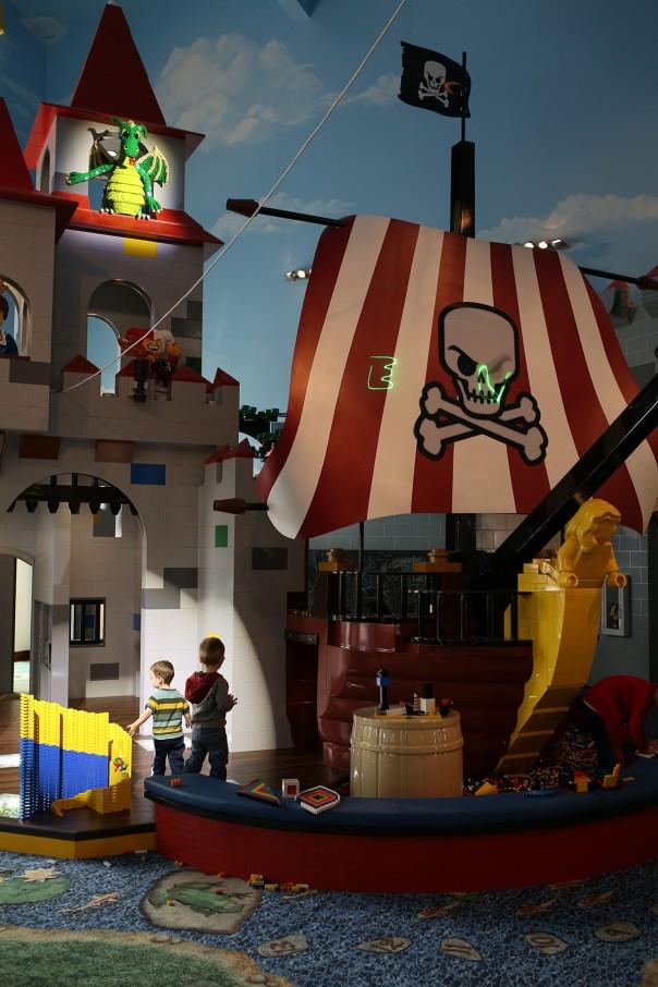 CastlePlayArea-Pirates